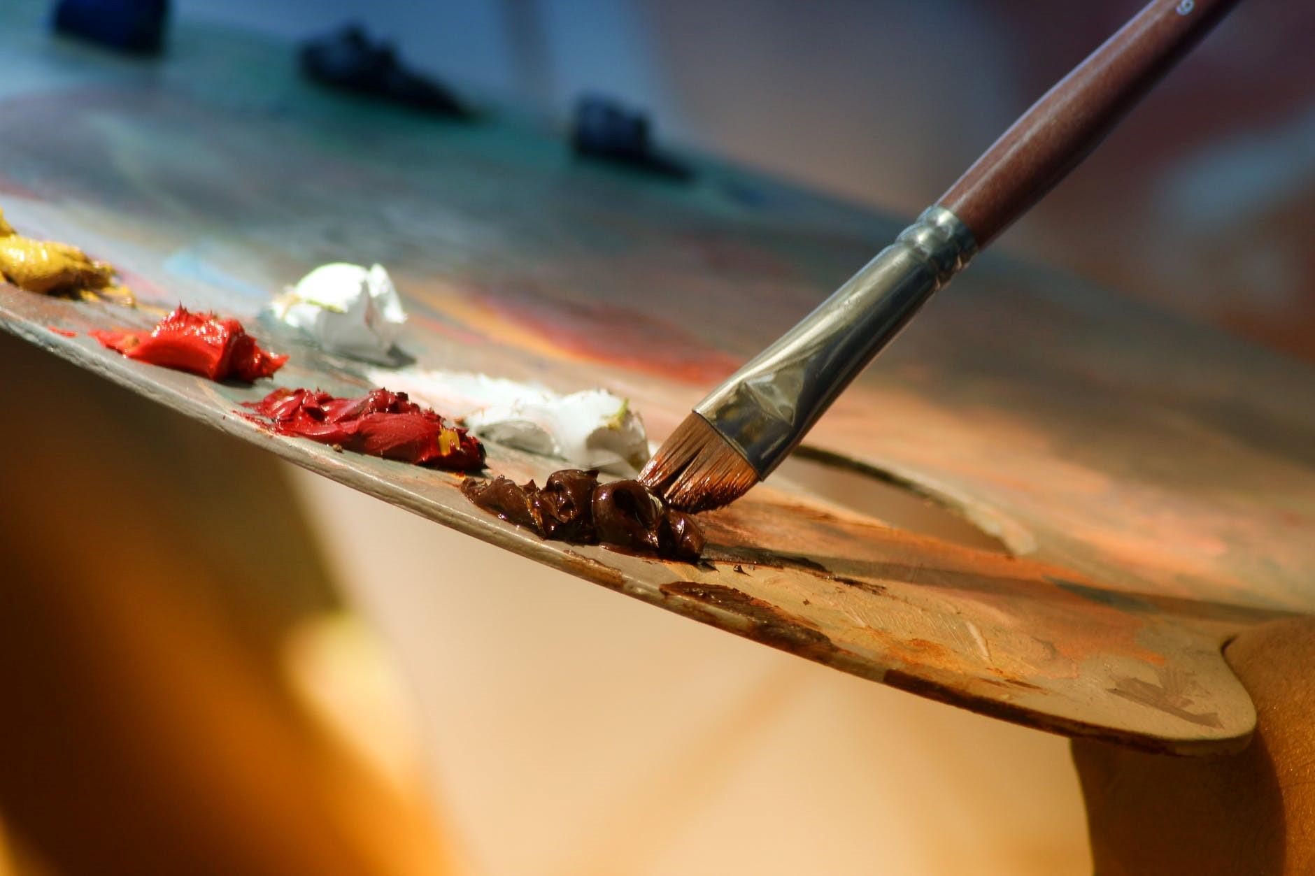 การแสดงความคิดความรู้สึกผ่านงานศิลปะ